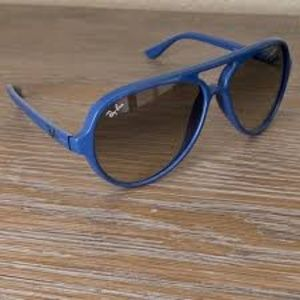 Ray-Ban Cats 5000 Classic Blue Frame, Gray Lens